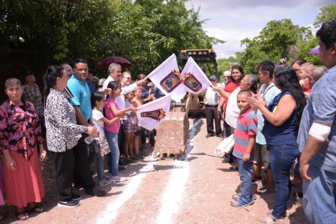 Inician construcción de red de agua potable en Lomas de San Gerónimo