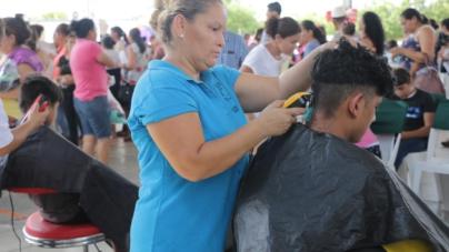 Jornada de Apoyo 'Puro Sinaloa' beneficia a desplazados de la sierra