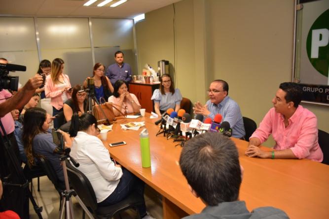¿Mayor aguinaldo?   Es ilegal dictamen de Morena sobre SNTE 27, aseguran diputados del PRI
