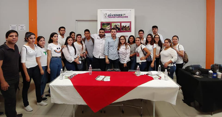 Ofrecen Feria de Servicios Juveniles por el Día Internacional de la Juventud