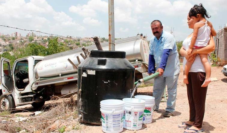 Gracias a las lluvias, baja el número de comunidades atendidas con pipas: JAPAC