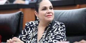 Nombran a nueva presidenta del Senado, Mónica Fernández ocupará el cargo