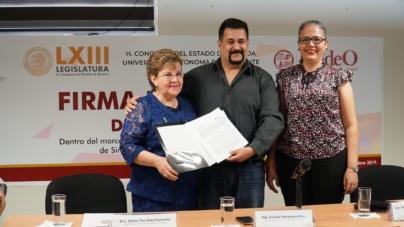 Congreso del Estado y UAdeO firmanConvenio de Colaboración