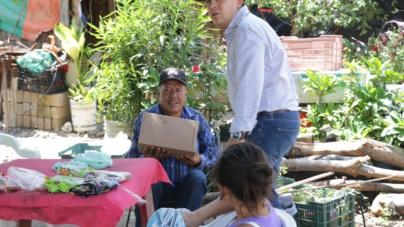"""Entregan apoyos a afectados por tormenta """"Ivo"""" en la zona sur"""