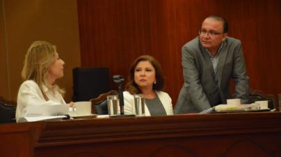 Antidemocrático Monopolizar Presidencia de la Mesa Directiva: Dip. Sergio Jacobo