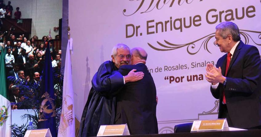 Reconoce UAS a Rector de la UNAM con Doctorado Honoris Causa