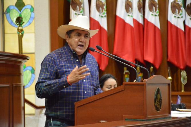 """""""Aumento a los derechos de agua: nuevo golpe al agro"""", denuncia Dip. Faustino Hernández Álvarez"""