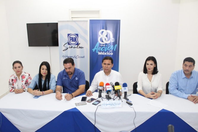 PAN Sinaloa exige la 'cabeza' de Durazo; Imelda Castro duda de Quirino
