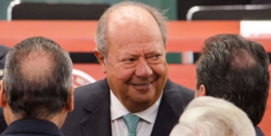 Tras 26 años, renuncia Romero Deschamps a Sindicato Petrolero