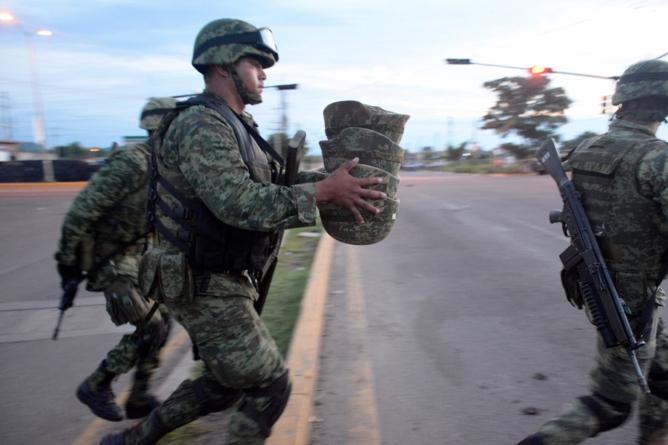 Parte de guerra: ¿de qué mueren los soldados en México?   Data ESPEJO