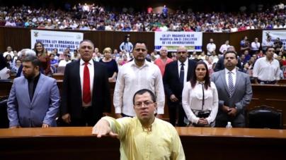 Rinde José Alfredo Beltrán protesta como Comisionado de la CEAIP