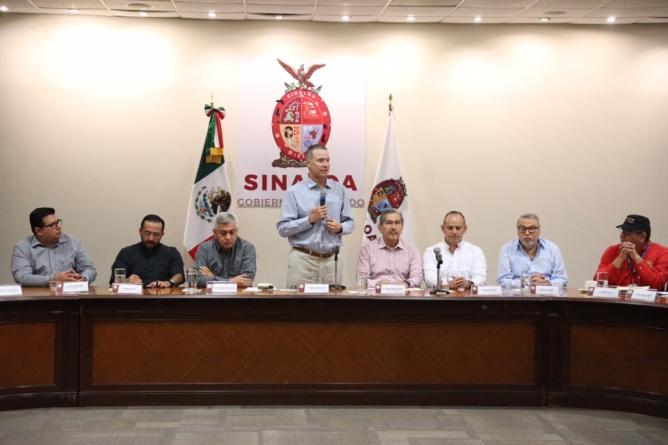Sinaloa no se paralizará y está de pie, garantizan sectores productivos
