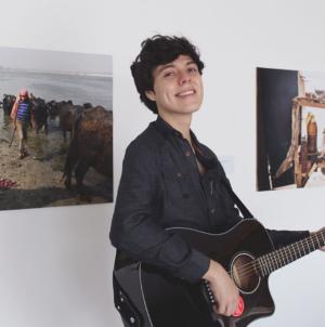 En Escena | Jeffrey Salaz, bonito pero abstracto