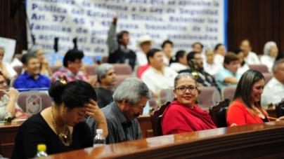 Cecilia y Graciela: La vecindad incómoda en medio de la crisis de Morena