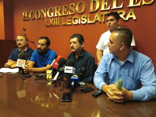 """Exigen universitarios al Congreso no """"congelar"""" reforma a ley orgánica de la UAS"""