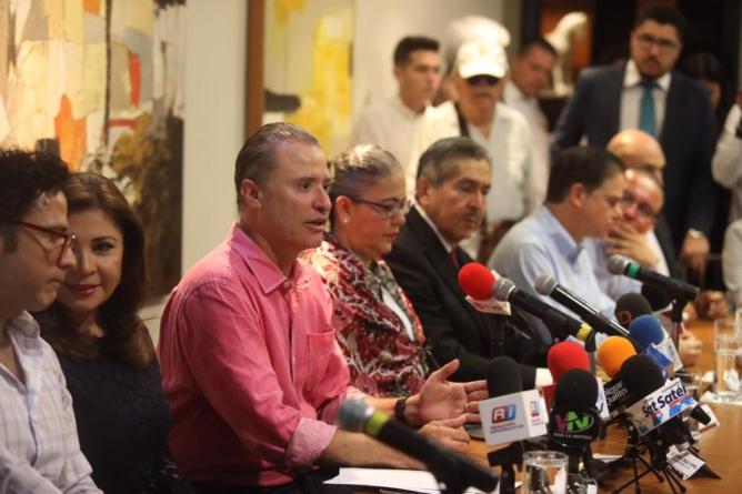 Buscarán aprobar más días de aguinaldo a jubilados y pensionados del SNTE 27