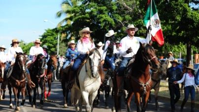 FOTOGALERÍA | Realizan gran cabalgata para promover la Feria Ganadera 2019