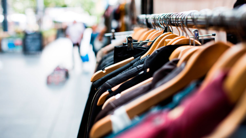 Víctimas de la moda | Consume local… pero sin regatear