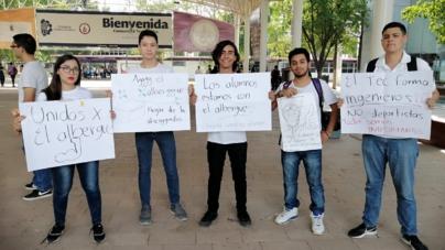 Estudiantes buscan traer de vuelta albergue del Tec de Culiacán; viven 12 en una misma casa