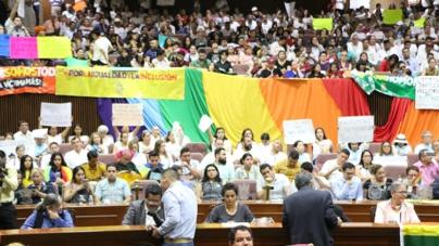 Activistas LGBT+ de Sinaloa consiguen amparo por votación contra Matrimonio Igualitario