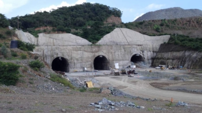 Presa Santa María | Constructora ICA se embolsa 300 mil pesos diarios sin mover una sola máquina