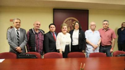 AUdeO autónoma | Respaldan trabajo de Sylvia Paz Díaz; repetirá periodo como rectora