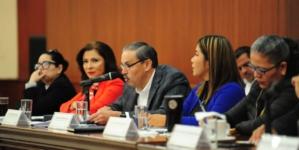 ¿Discrecionalidad? | Truenan diputados caso de Precasin en comparecencia de secretario de Obras Públicas