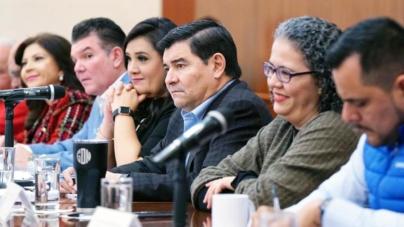 Cuestiona Morena resultados en economía y turismo; PRI, PAN y PT, avalan informe