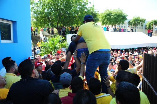 Zafarrancho deja en el aire elección en el Stasac   Piden mesa de acuerdos