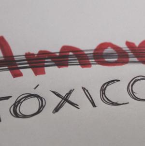 'Amor tóxico' no es amor | Huir, callar, soportar o esperar; 4 historias para entenderlo