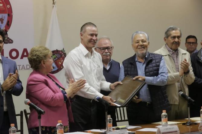 Constituyen Fundación UAdeO; fortalecerá la educación superior en Sinaloa: Quirino