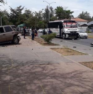 "Repuntan accidentes pese a ""calles solas""; fin de semana reporta 6 percances y 2 muertes"