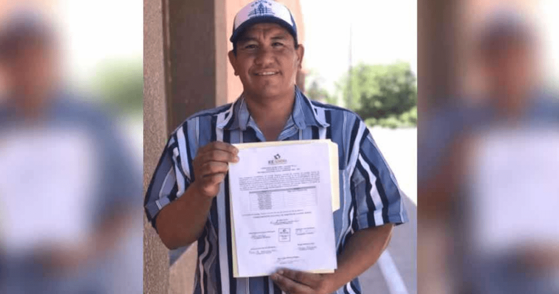 El Instituto Estatal Electoral y de Participación Ciudadana (IEEyPC), entregó al licenciado la constancia de mayoría de votos. Foto: Especial vía Proyecto Puente.