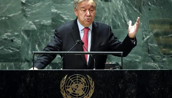 Una catarata de crisis pone al mundo al borde del abismo, solo a través del multilateralismo podemos salvarnos, afirma Guterres